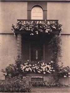 Reich Gartenplatz Haussäulen
