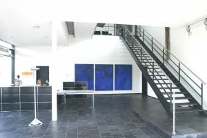 Abb. 11 Blaues Bild mit hohem Bogen 2006 200 x 460 cm Kopie